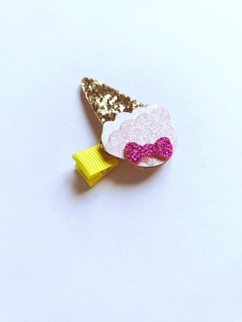 haarspeldje ijsje goud met roze.2