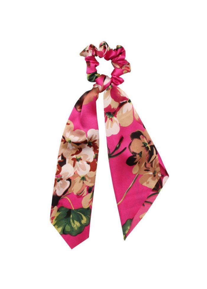 Flower scrunchie met lint